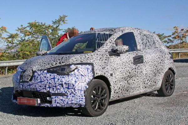 Nieuwe Renault Zoe duikt op