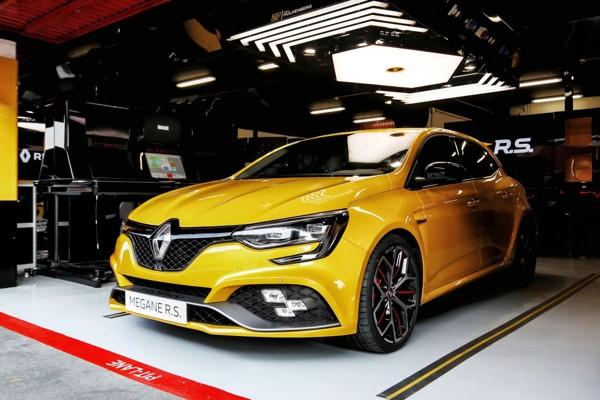 Renault Mégane R.S. Trophy krijgt prijs