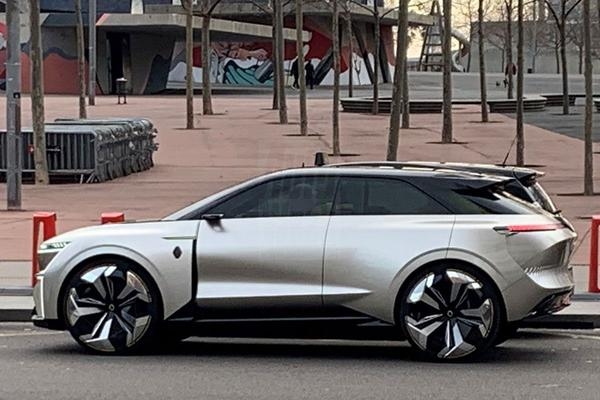 Nieuwe concept-car van Renault duikt op