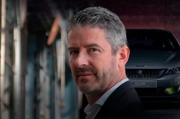 Renault haalt Peugeot-ontwerper Gilles Vidal binnen
