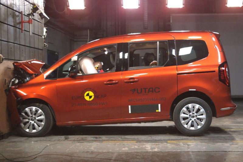 Euro NCAP crasht Opel Mokka en Renault Kangoo
