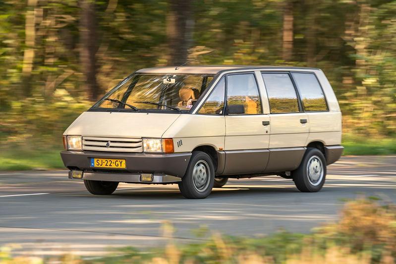 Renault Espace (1986) - Klokje rond klassiek